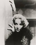 Marlene Dietrich III Giclée par The Vintage Collection