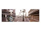 Alien Tourist in Venice