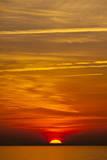 Orange Sunrise on the Water of the Bay on Tilghman Island, Maryland Papier Photo par Karine Aigner