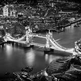 View of City of London with the Tower Bridge at Night - London - UK - England - United Kingdom Papier Photo par Philippe Hugonnard