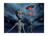 Grey Aliens and their Flying Saucer  Visiting Earth