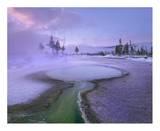 Hot spring  Upper Geyser Basin  Yellowstone National Park  Wyoming