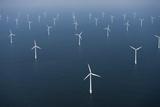 Wind Farm in Ocean Tableau sur toile par Cameron Davidson