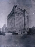 Early Photo of New Plaza Hotel