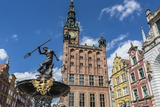 King Neptune Statue in the Long Market  Dlugi Targ  with Town Hall Clock  Gdansk  Poland  Europe