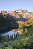 Lower Sardine Lake and Sierra Buttes from Tamarack Lakes Trail