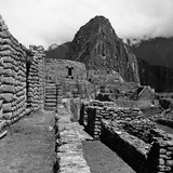 Ruins of the Houses of the Lost City of the Incas  and the Sun Temple  Machu Picchu  Peru