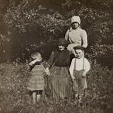 WWI: Children of Soleschiano with Mom and Grandma
