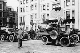 A 1903 Renault 10Hp Outside the Old Ship Hotel  Brighton  East Sussex  C1903