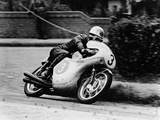 Bob Mcintyre on a Honda  Racing in the Isle of Man Junior Tt  1961