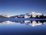 California  Sierra Nevada  Yosemite National Park  Mammoth Peak Reflect in a Tarn