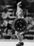 Olympic Games in Los Angeles  1984 : Weightlifting: Chinese Wu Shude July 30  1984