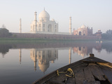 Dawn on the Taj Mahal from Yamuna River  UNESCO World Heritage Site  Agra  Uttar Pradesh  India