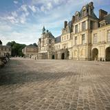 Cour Du Cheval Blanc  16th Century