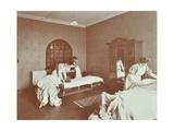 Housewifery Students  Battersea Polytechnic  London  1907
