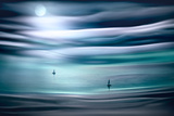 Sailing by Moonlight Papier Photo par Ursula Abresch