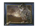 Eagle Owl and Mouse