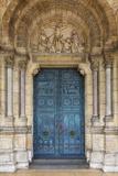 Doors to Basilique Du Sacre Coeur, Montmartre, Paris, France Papier Photo par Brian Jannsen