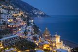 Twilight over Positano Along the Amalfi Coast, Campania, Italy Papier Photo par Brian Jannsen