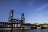 Oregon  Portland Steel Bridge Spans the Willamette River