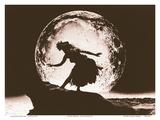 Full Moon Hula Dancer