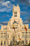 Fountain and Cybele Palace  Formerly the Palace of Communication  Plaza De Cibeles  Madrid  Spain