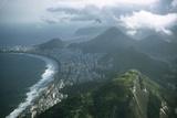 1957: Aerial View of Rio De Janeiro, Brazil Papier Photo par Dmitri Kessel