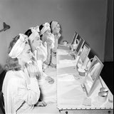 Helena Rubinstein Beauty School Training Women Learning About Facials 1940S