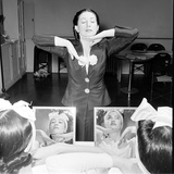 Helena Rubinstein Beauty School Training Women Learning Beauty Techniques 1940S